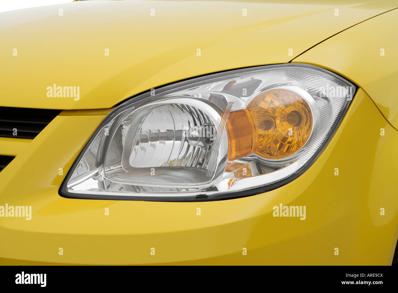 2006 Chevrolet Cobalt SS in Yellow - Headlight