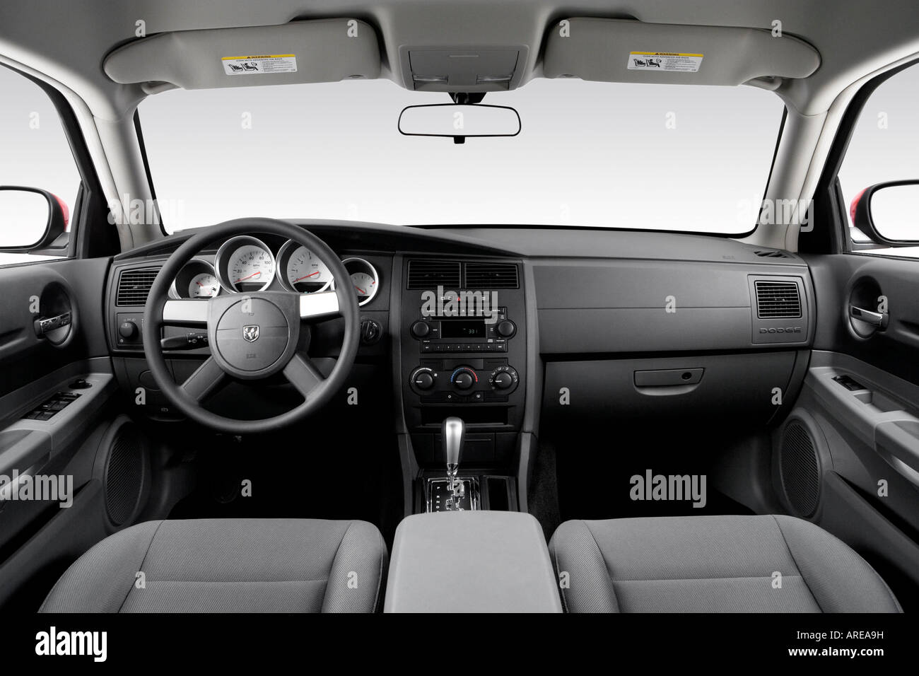 2005 Dodge Magnum Sxt In Red Dashboard Center Console Gear Stock Photo Alamy