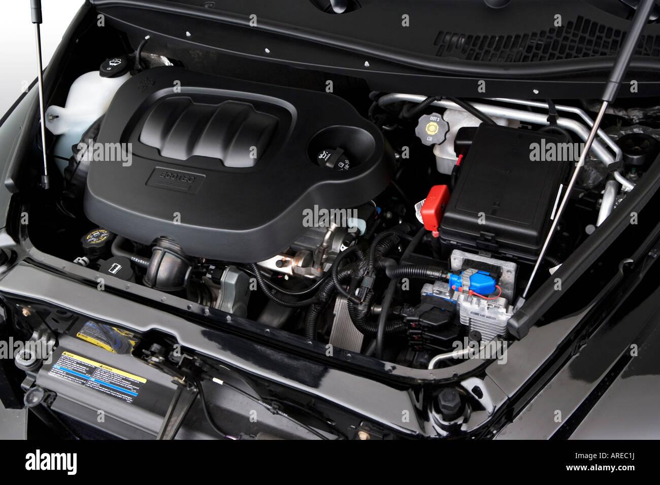 2006 Chevrolet Hhr 2lt In Black Engine Stock Photo Alamy
