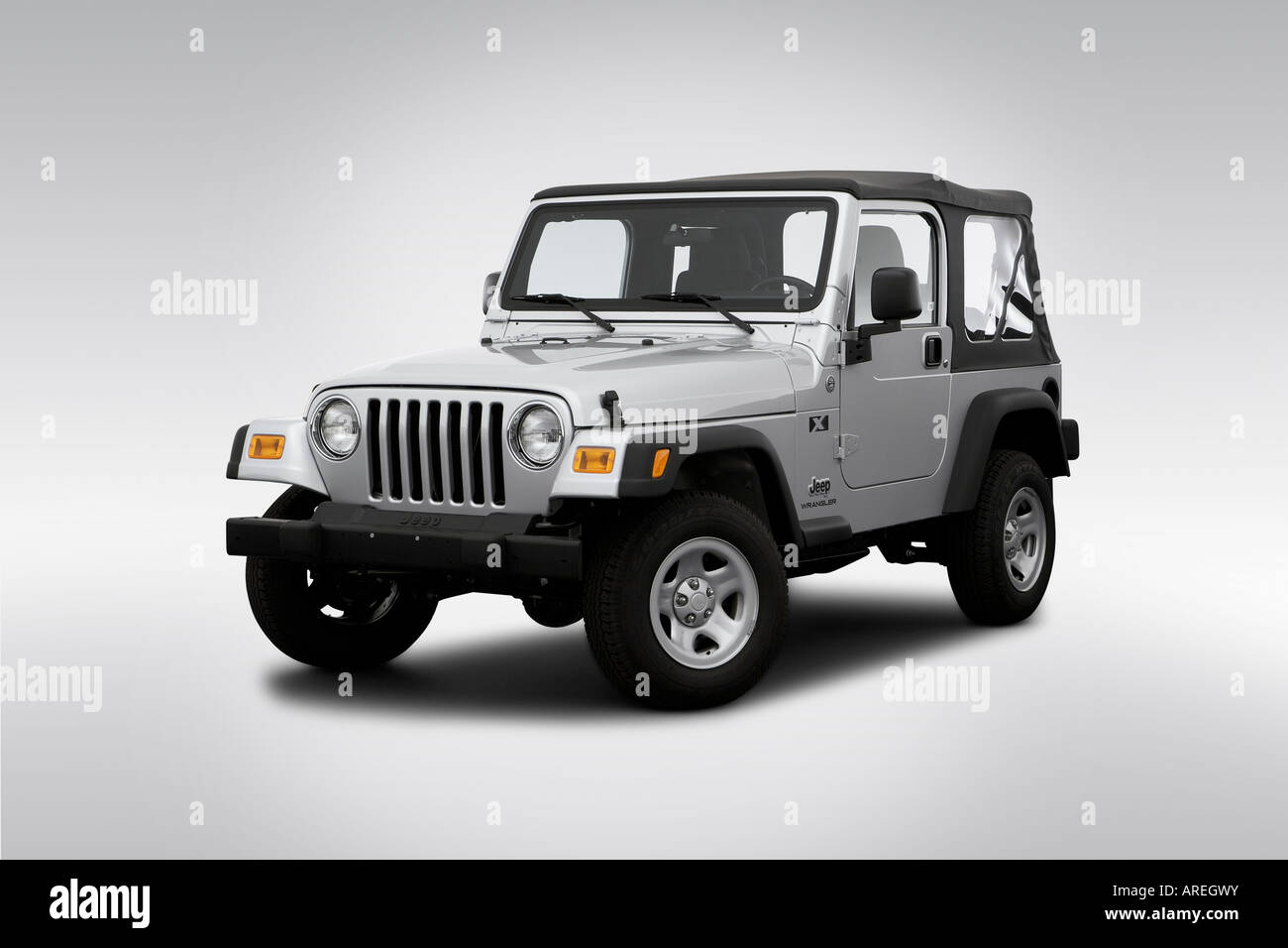 2006 Jeep Wrangler X in Silver - Front angle view