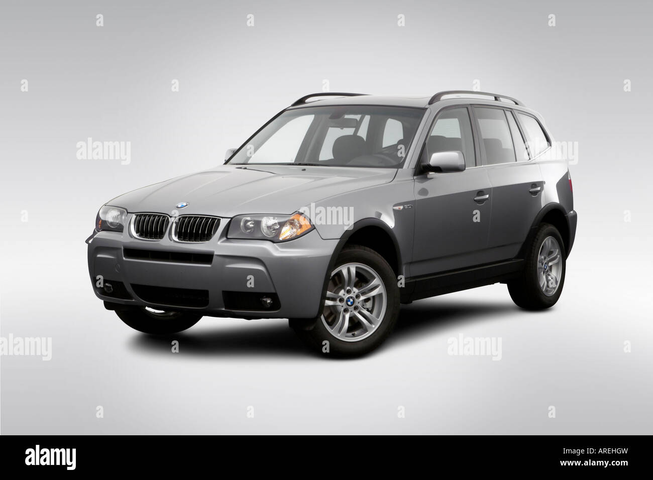 2006 Bmw X3 3 0i In Silver Front Angle View Stock Photo 16030872