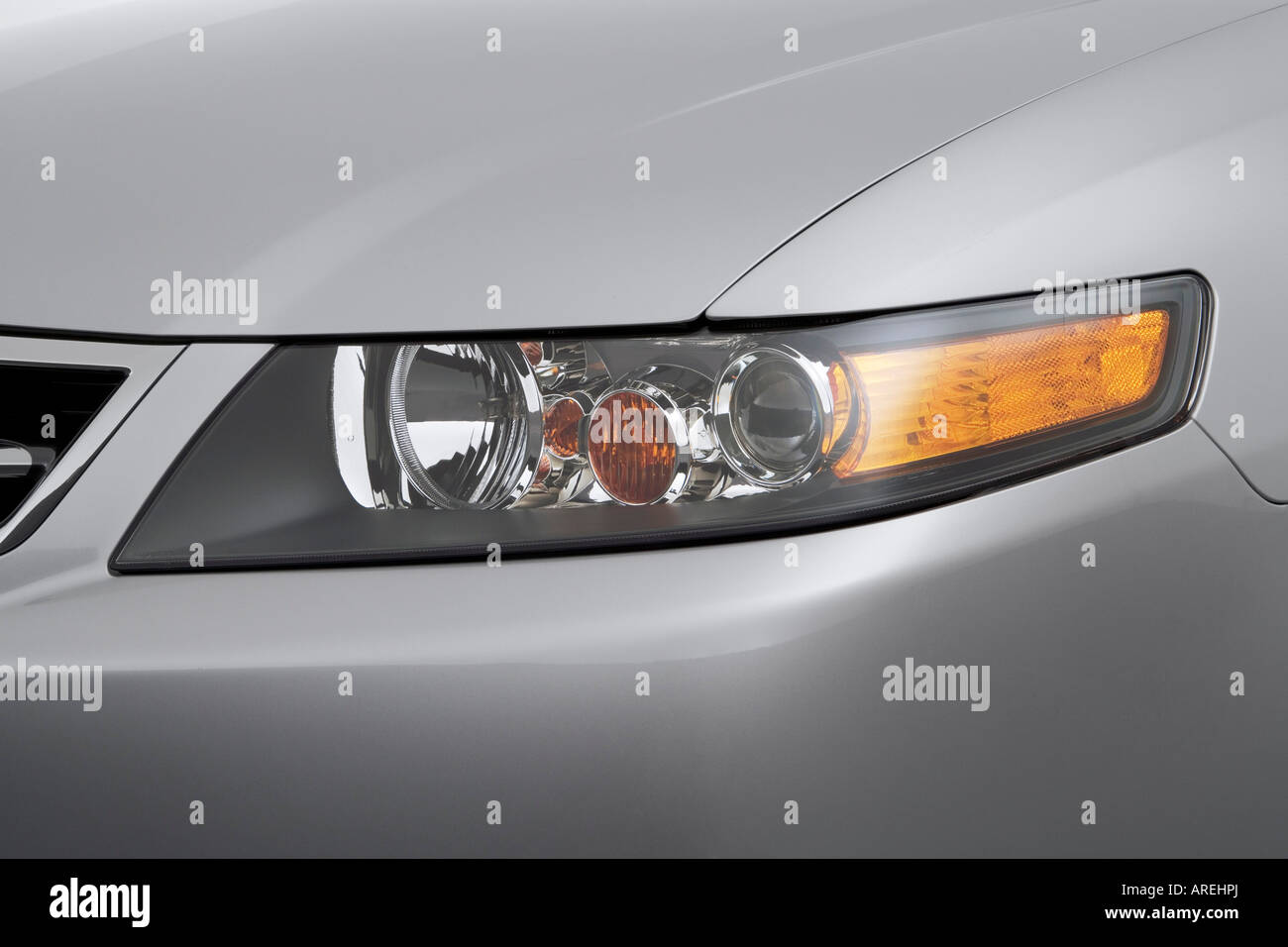 Acura Tsx In Silver Stock Photos Acura Tsx In Silver - 2006 acura tsx headlights