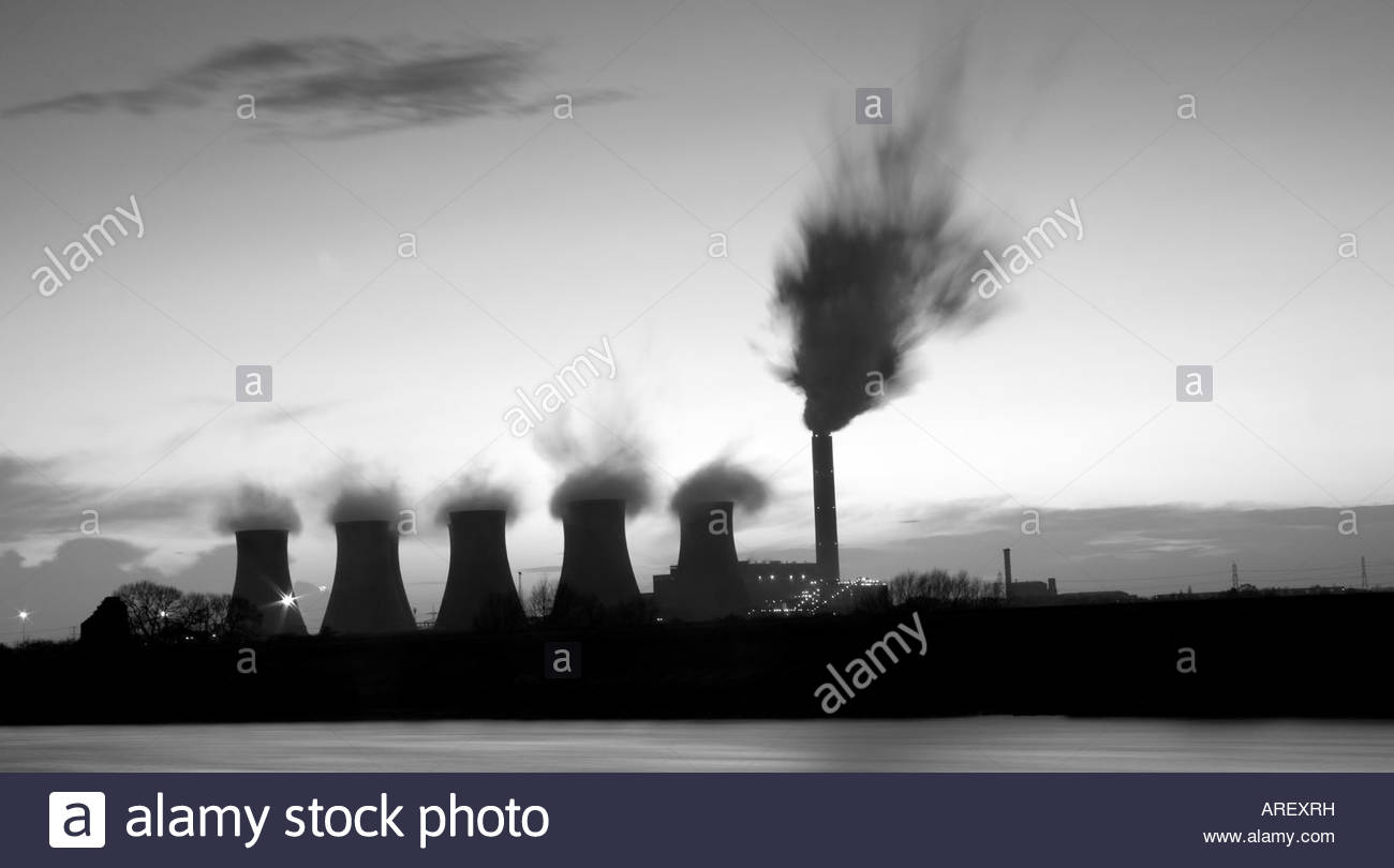 Cottam Power Station River Trent England - Stock Image