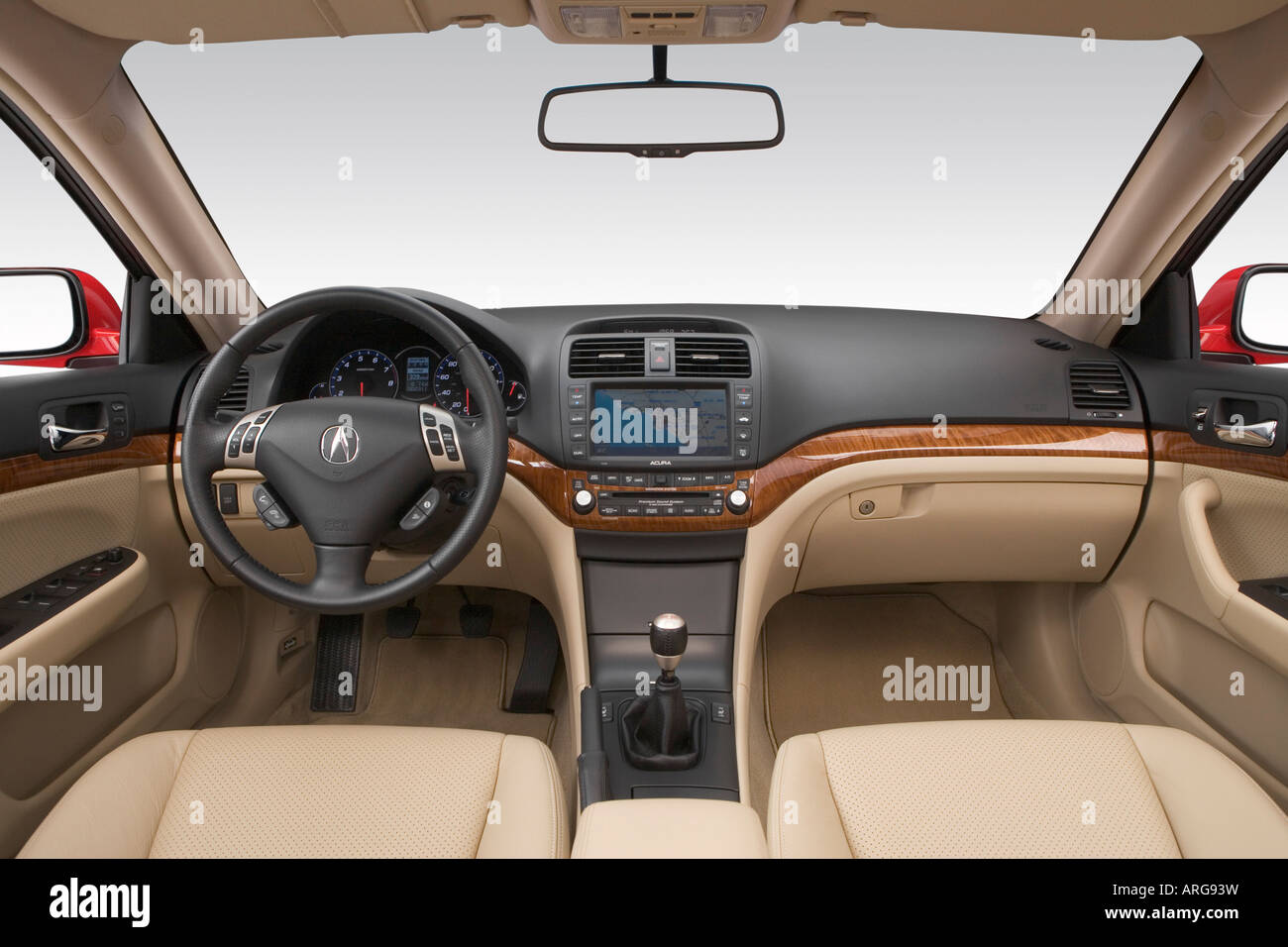 https://c8.alamy.com/comp/ARG93W/2007-acura-tsx-in-red-dashboard-center-console-gear-shifter-view-ARG93W.jpg