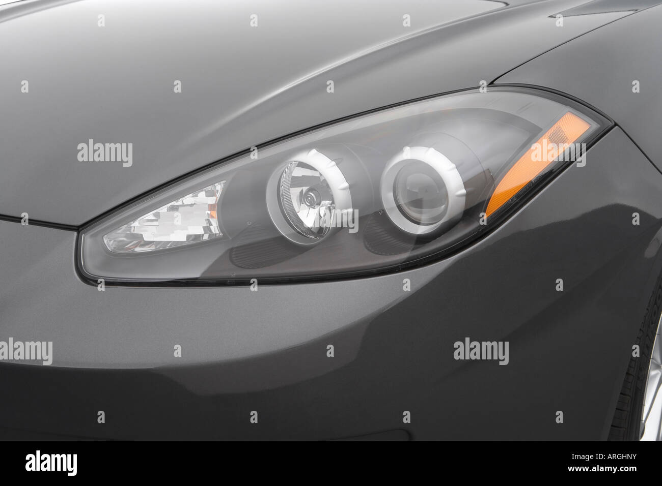 2007 Hyundai Tiburon GT In Gray   Headlight