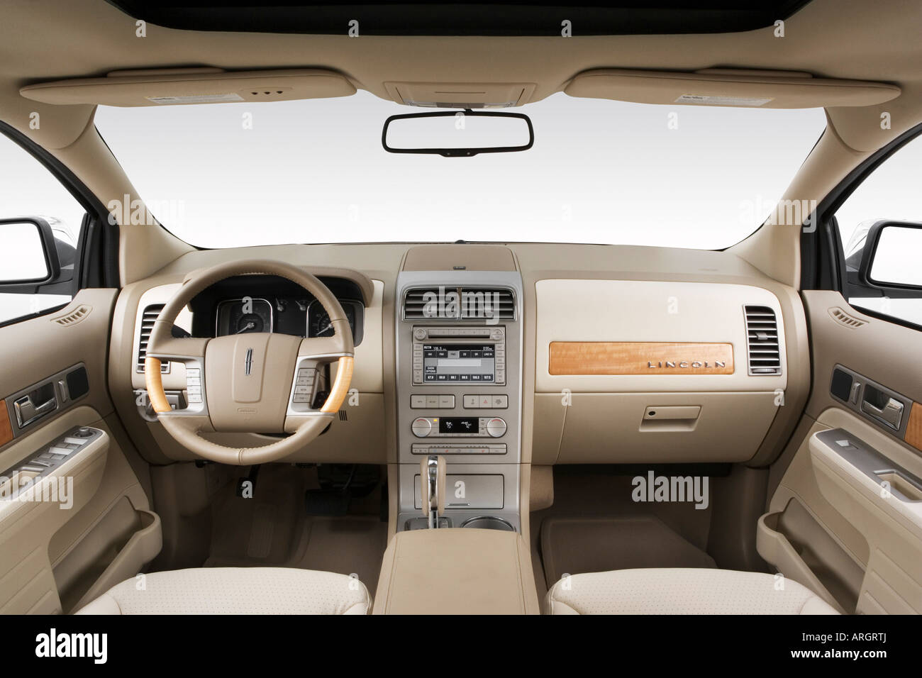 2007 Lincoln MKX In White
