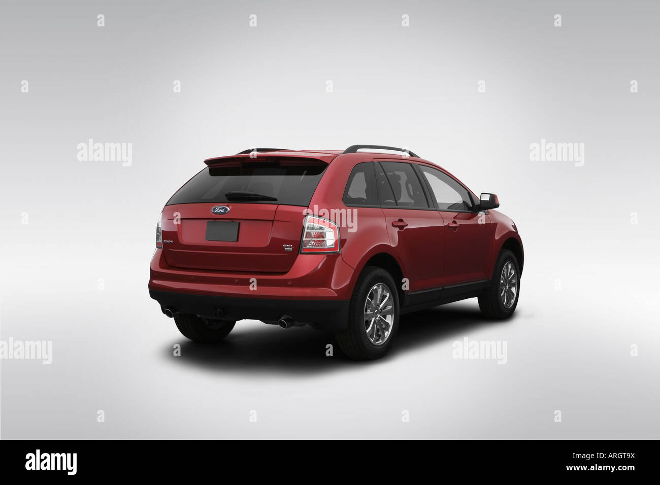 2007 ford edge sel plus in red rear angle view