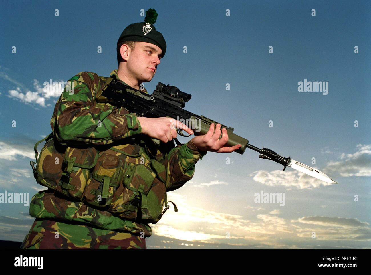 Members of the British Army on exercise - Stock Image