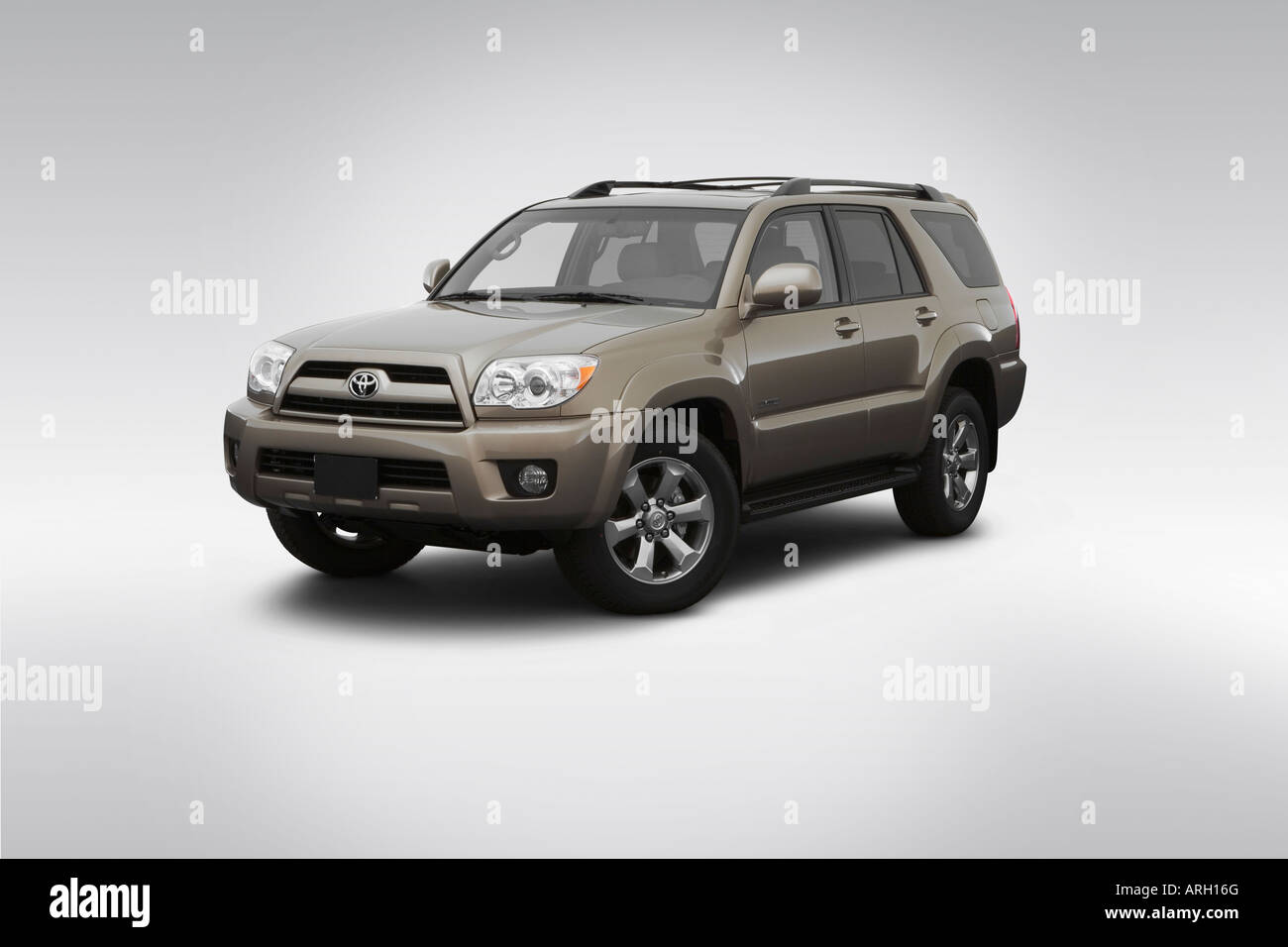 2007 Toyota 4runner Limited In Brown Front Angle View Stock Photo Alamy