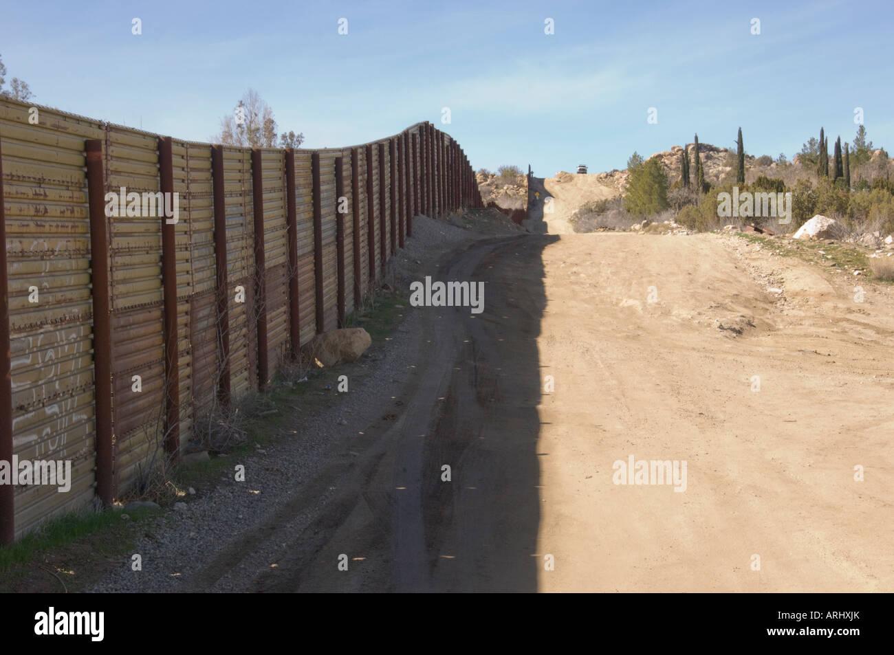 Mexico Border Fence at Jacumba, California - Stock Image