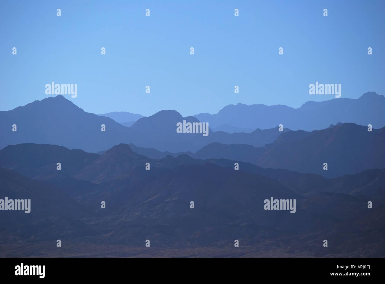 View of Saudi Arabian mountains across Gulf of Aqaba, Nuweiba, Sinai Peninsula, Republic of Egypt - Stock Image