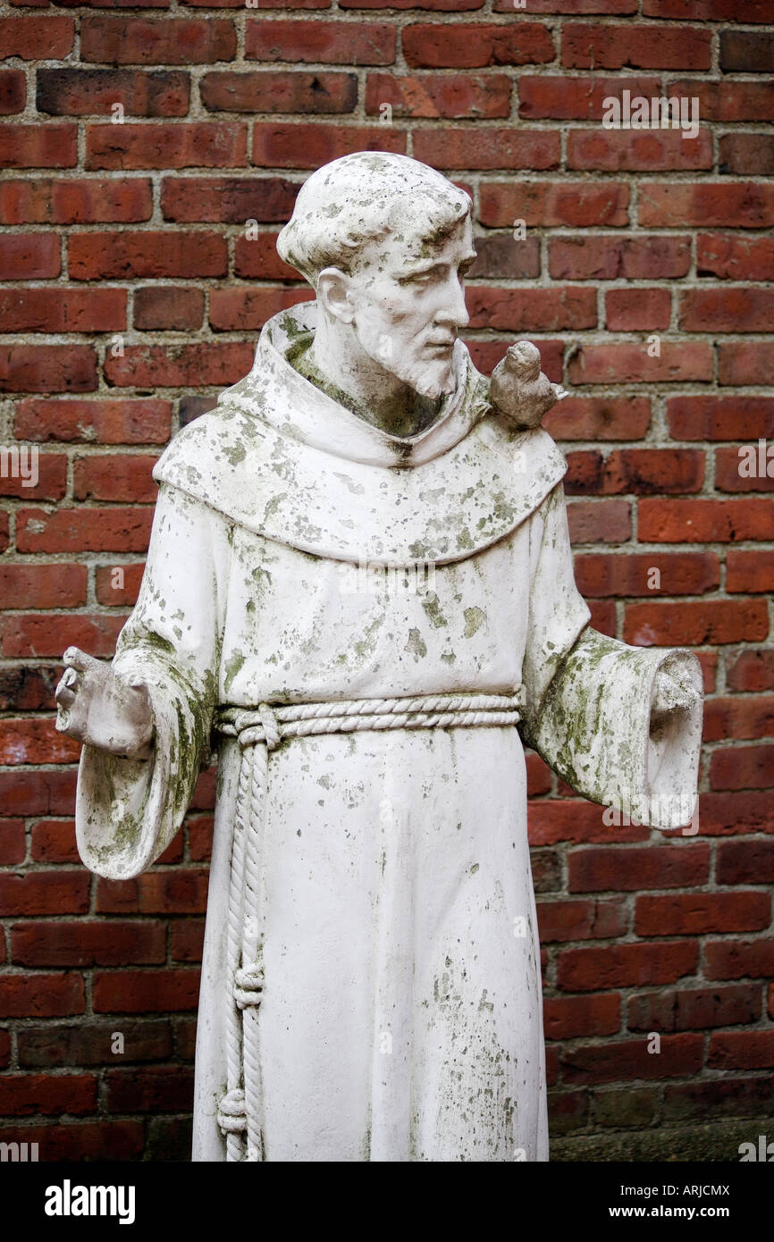 Statue Of St Francis Of Assisi. St Francis Garden, The Old North Church,  North End, Boston, Massachusetts, New England, USA
