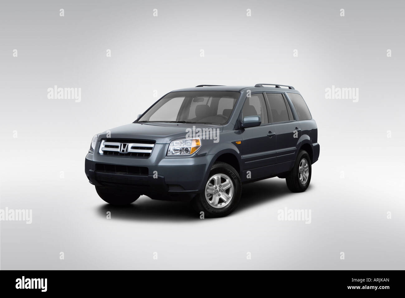 2008 Honda Pilot VP In Gray   Front Angle View