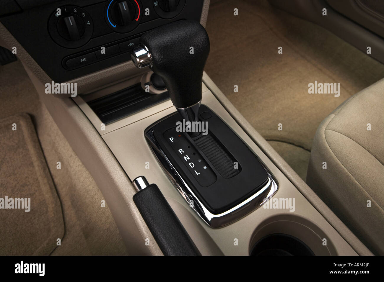 2008 Ford Fusion S in White - Gear shifter/center console - Stock Image