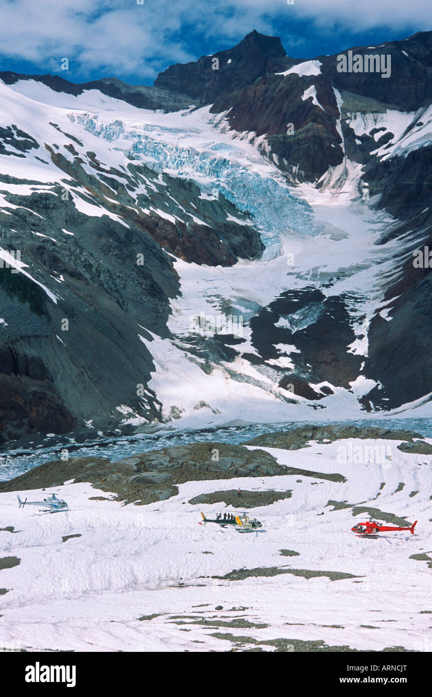 Nimmo Bay Heli Ventures Lodge - glacier, Coast Mountain Range lunch/siteseeing stop, British Columbia, Canada. - Stock Image