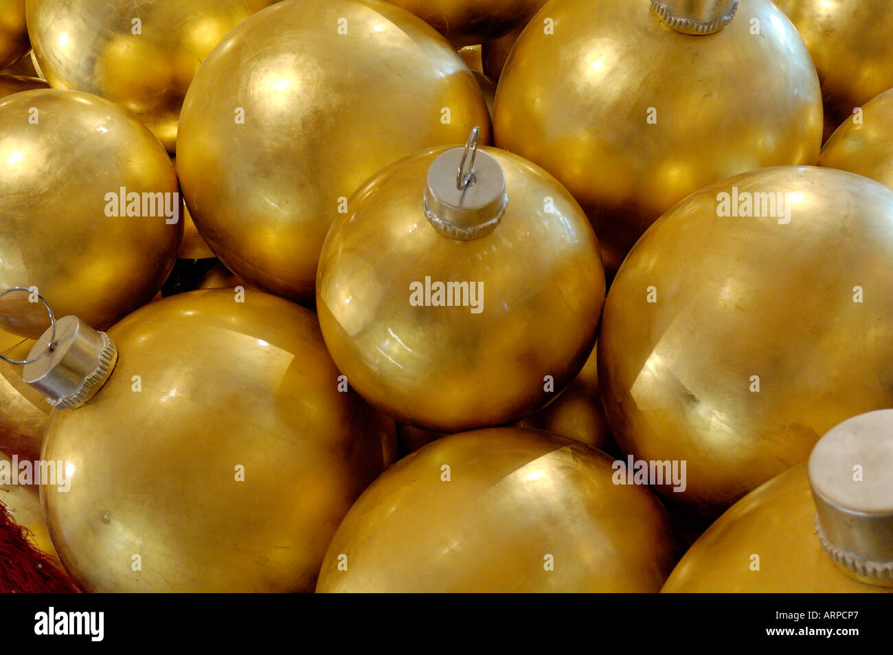 Christmas Ornaments With Names On Them