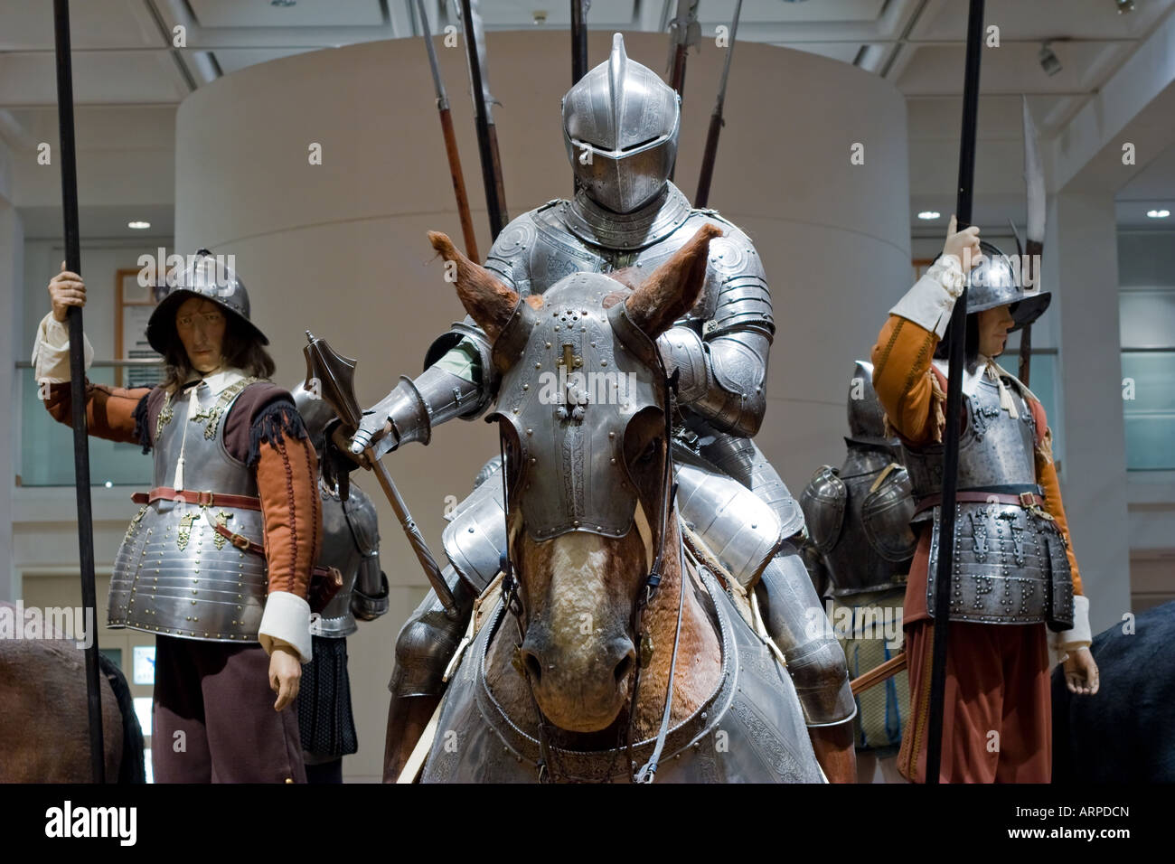 Suit Of Armor Horse Stock Photos & Suit Of Armor Horse Stock Images ...