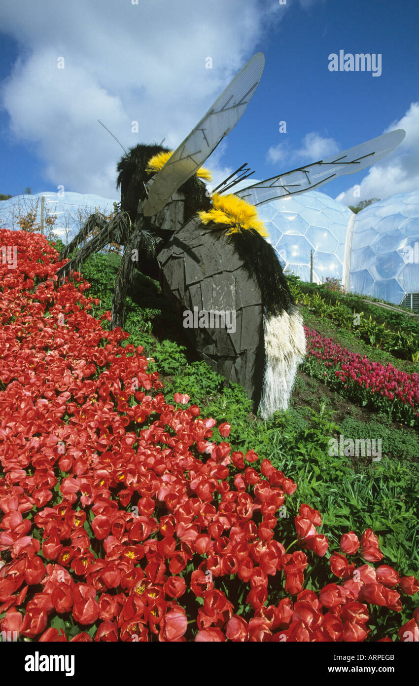 Giant Bee Sculture Art Installation At The Eden Project In