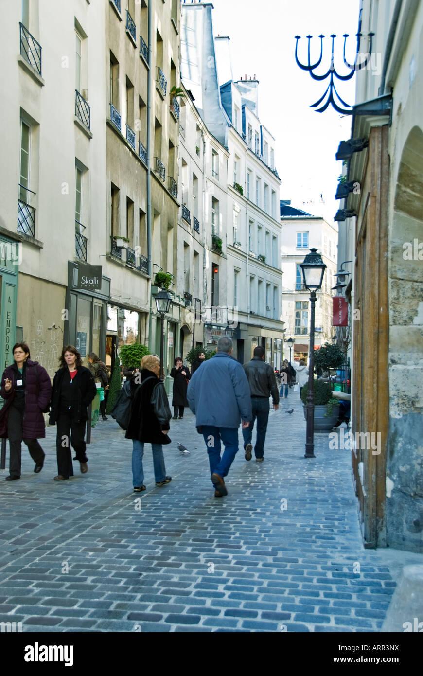 Paris France, 'Street Scene' People Shopping 'rue des Rosiers' 'Jewish Culture' 'Cobbled - Stock Image