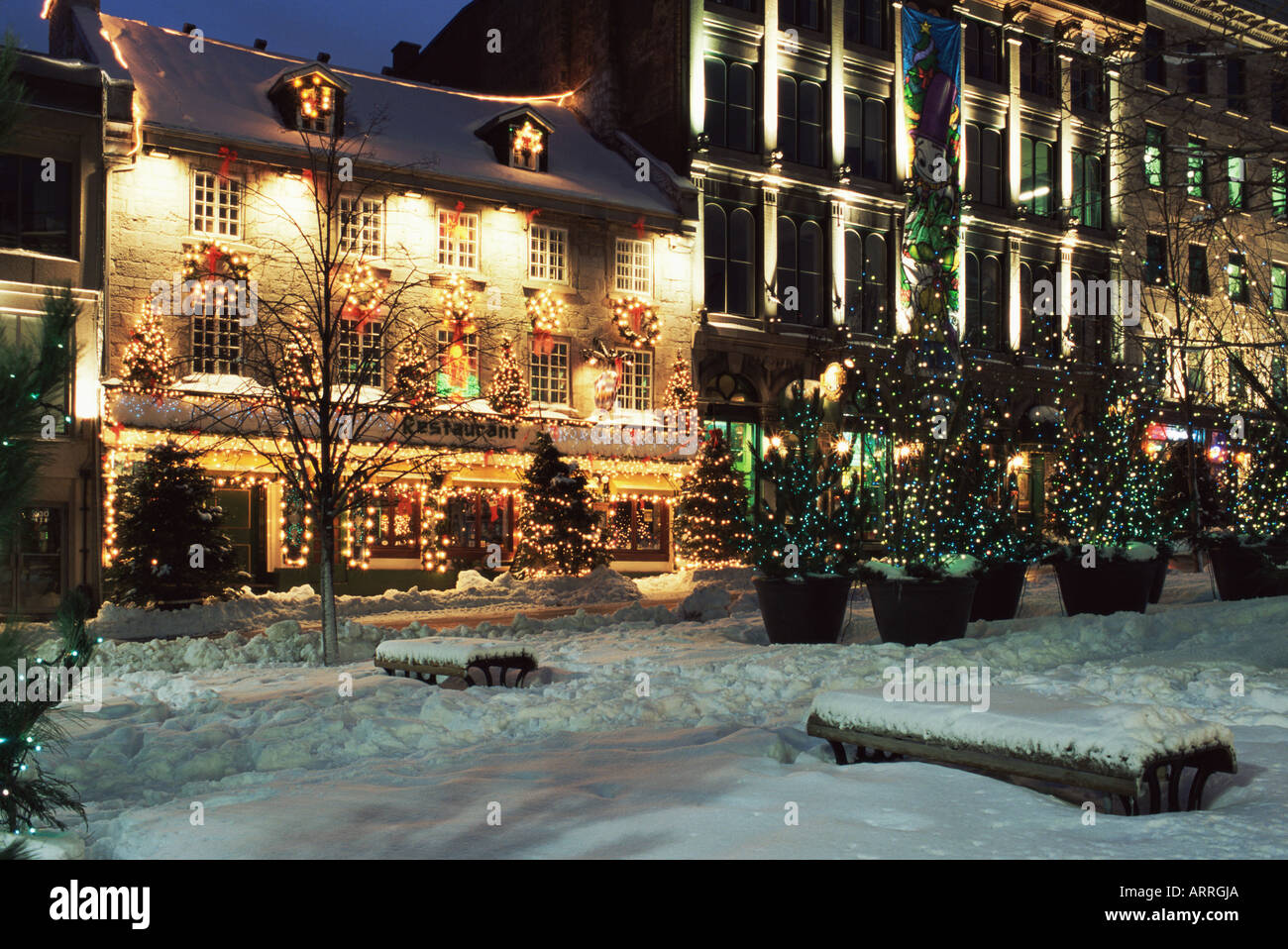 Old montreal street in winter - Stock Image