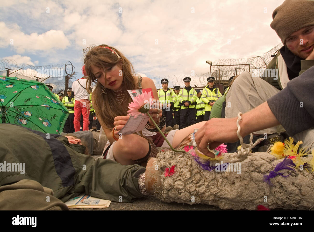 Peace protesters at anti G8 rally, Faslane nuclear submarine base, Scotland, 2005. - Stock Image
