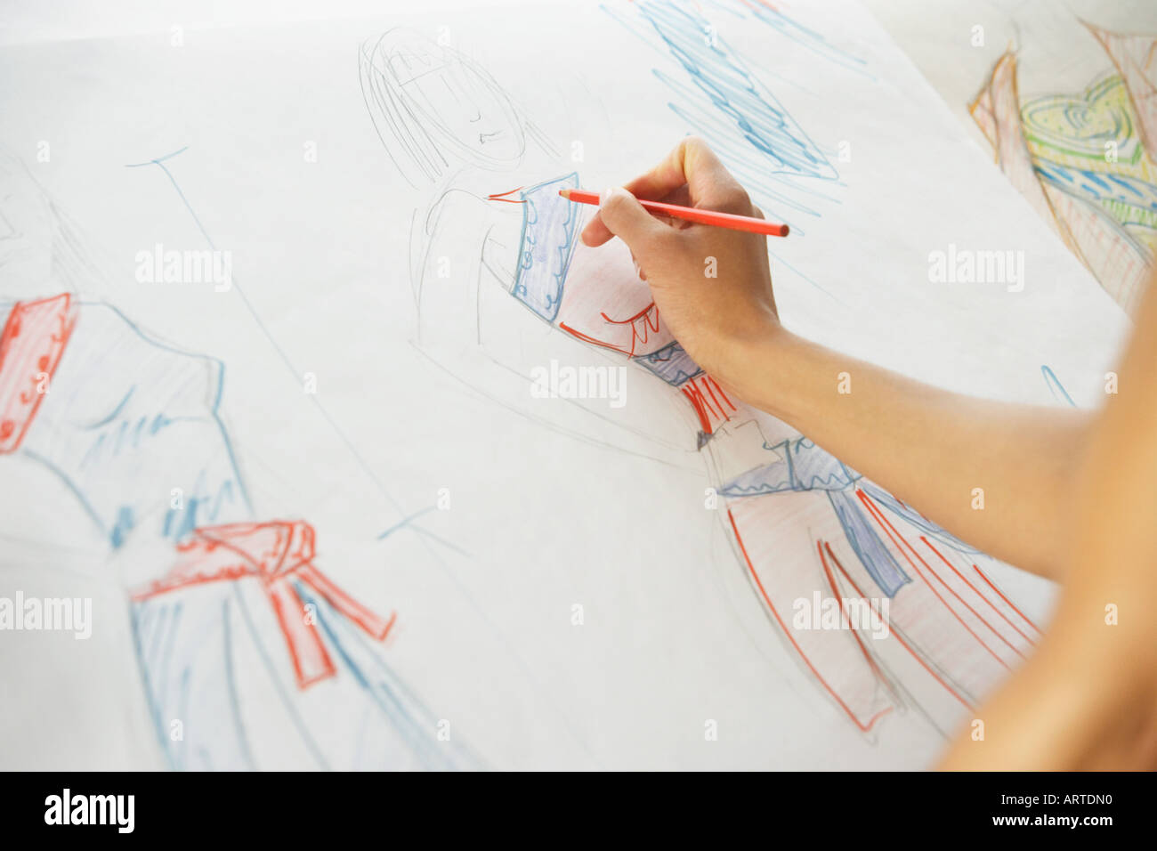 Drawing Fashion High Resolution Stock Photography And Images Alamy