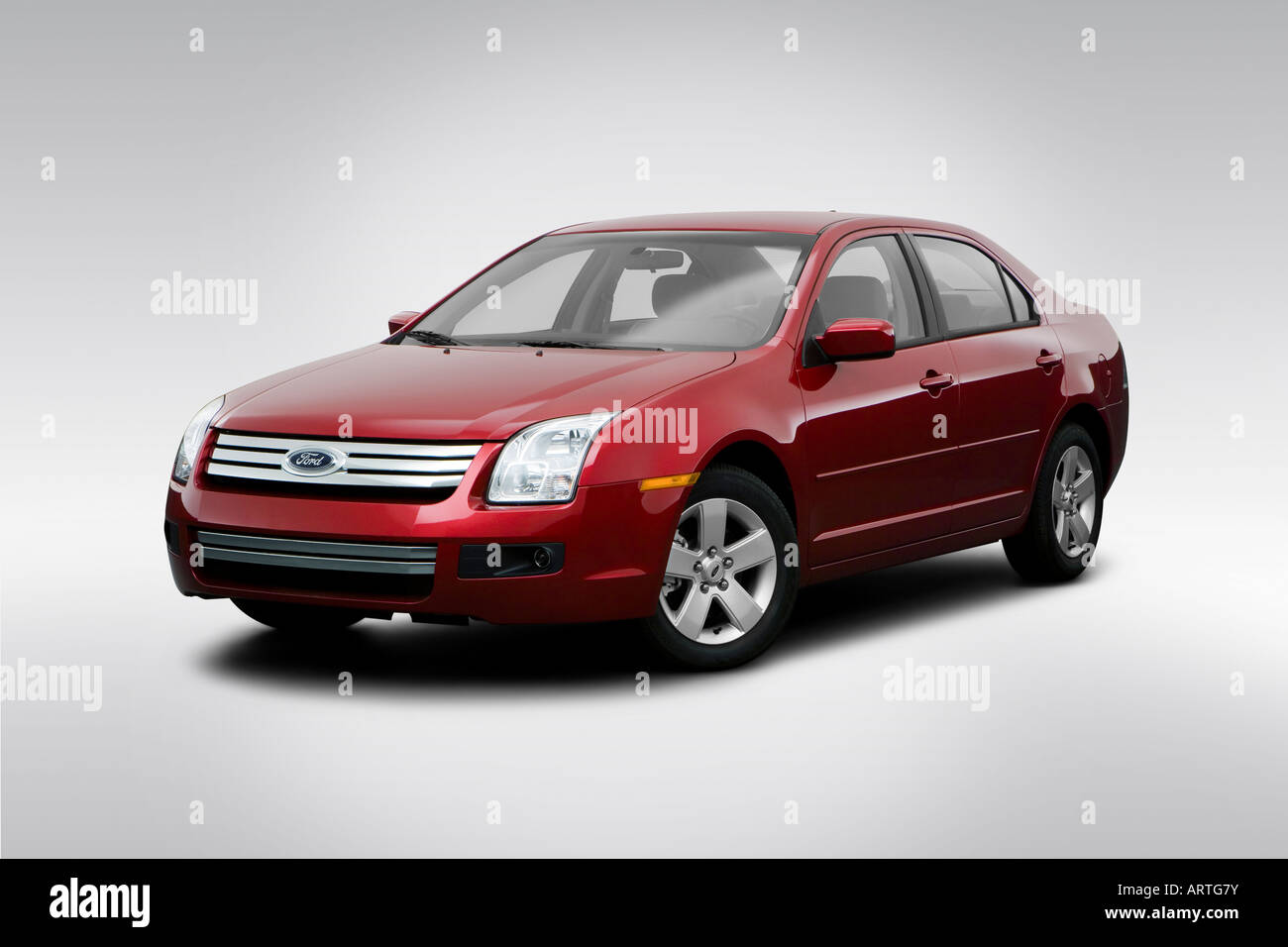 2008 ford fusion se in red front angle view stock image