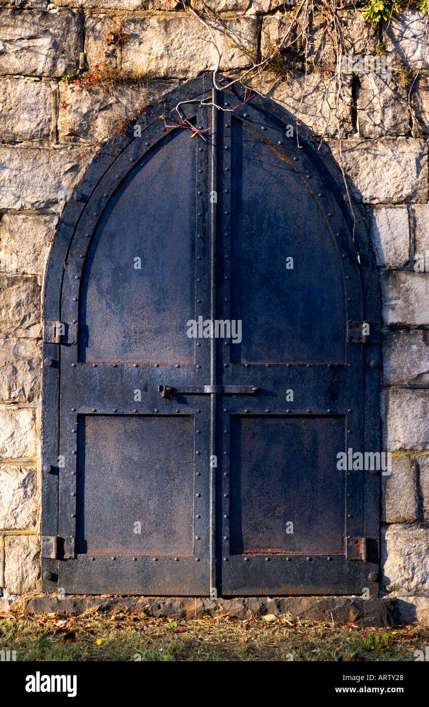 Gothic style arched door - Stock Image