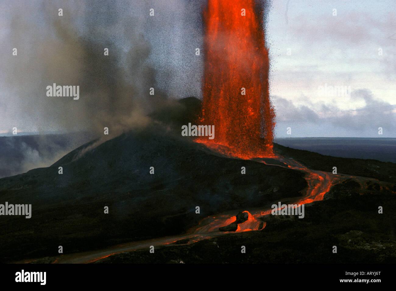 lava fountain erupting from puu oo vent kilauea volcano hawaii