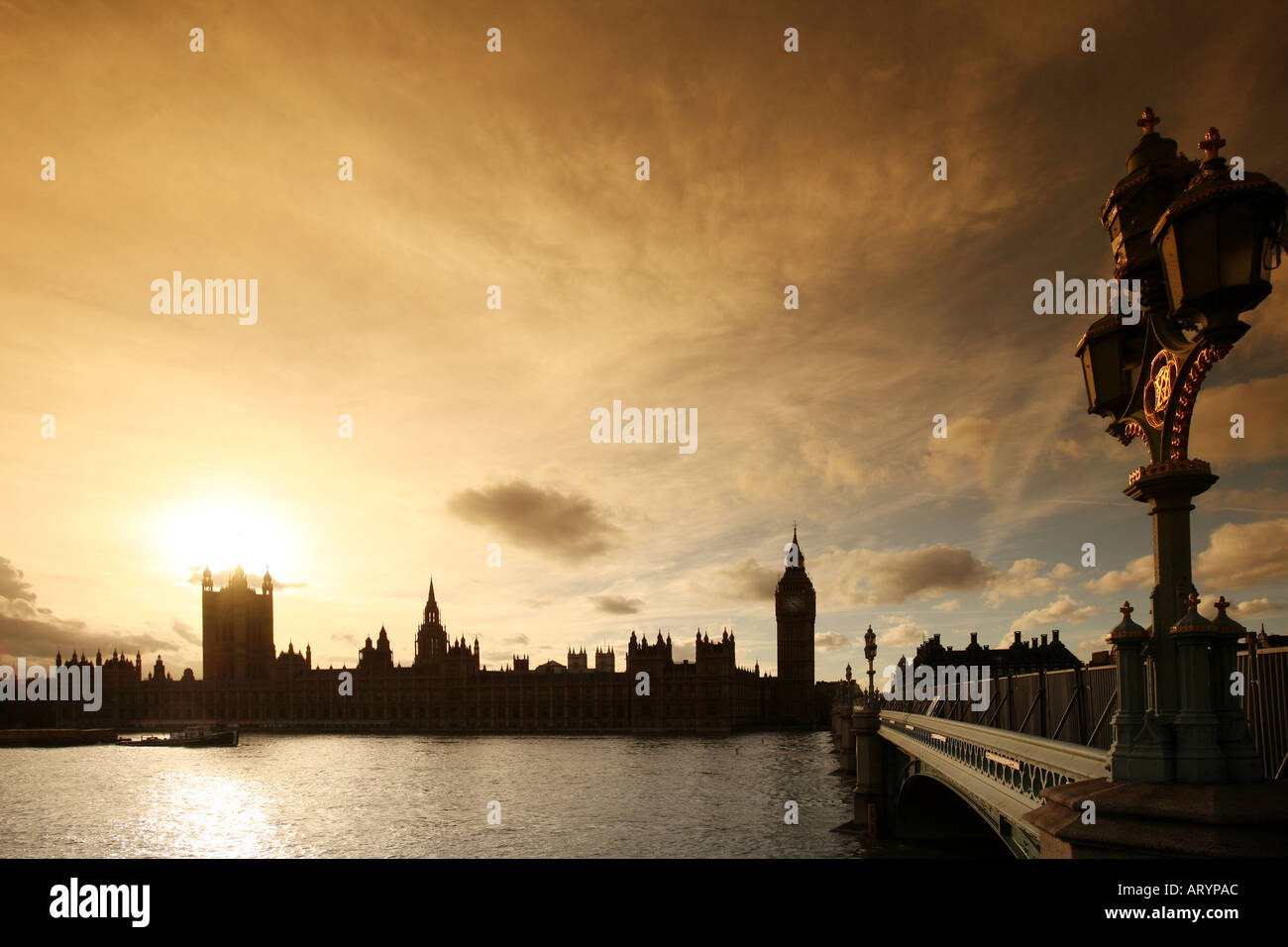 House of Parliament. Westminster, View across the River Thames at sunset towards the House of Commons at Westminster, London - Stock Image