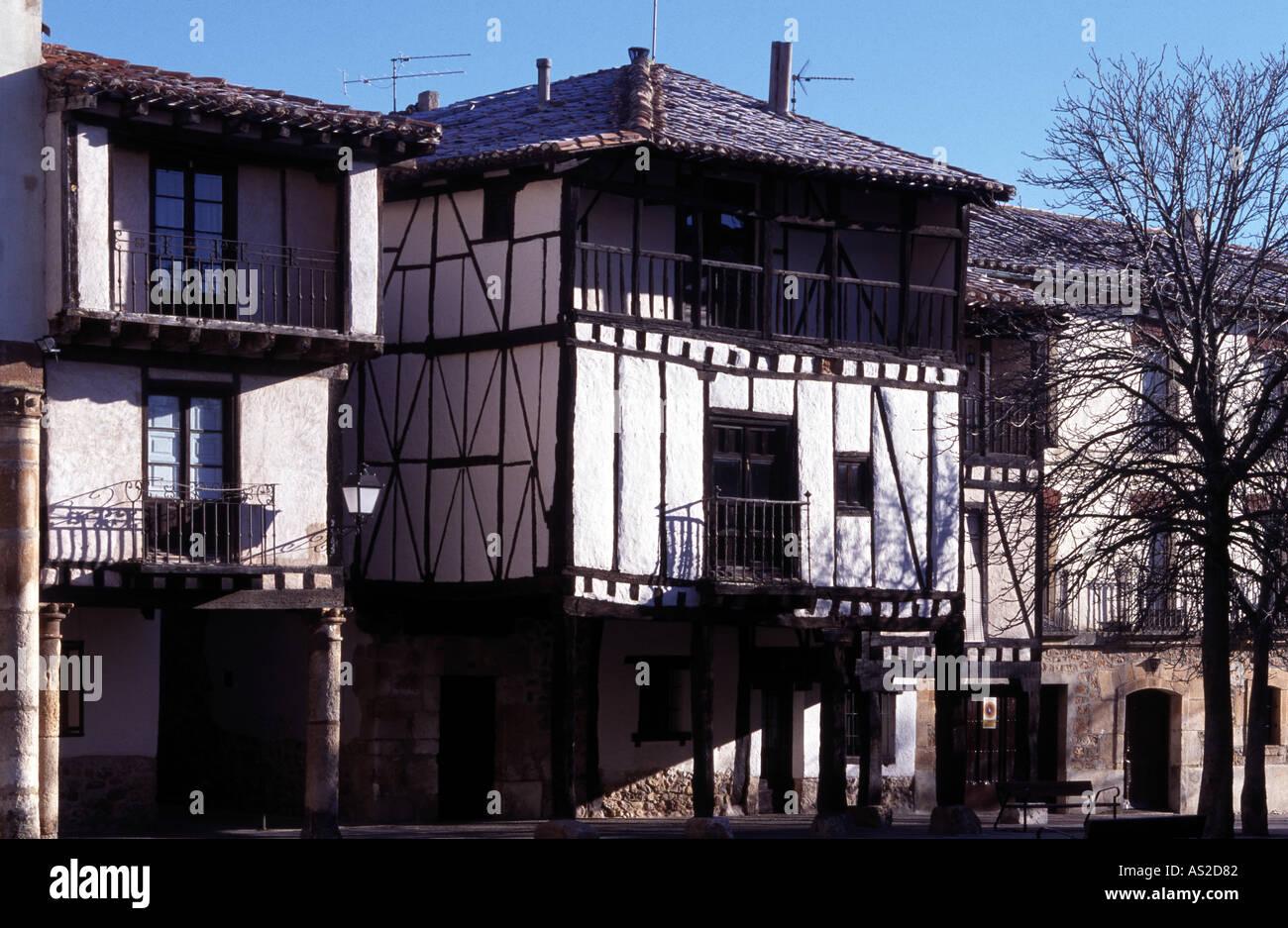 Covarrubias, Fachwerkhäuser - Stock Image