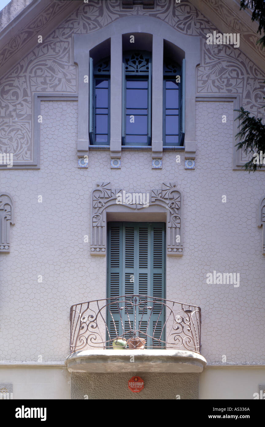 Multiple family dwelling jugendstil house stock photos multiple family dwelling jugendstil - Architekt barcelona ...