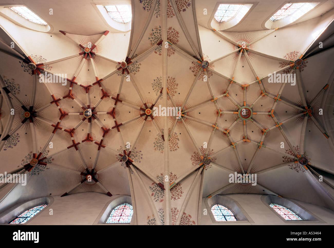 Koblenz, Stiftskirche St. Kastor, Gewölbe im Mittelschiff - Stock Image