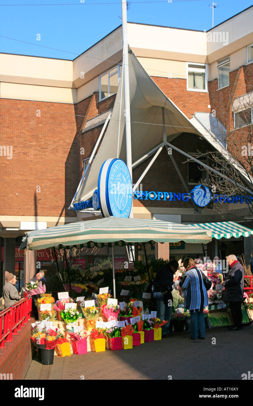 kidderminster town centre swan shopping centre worcestershire england uk gb - Stock Image