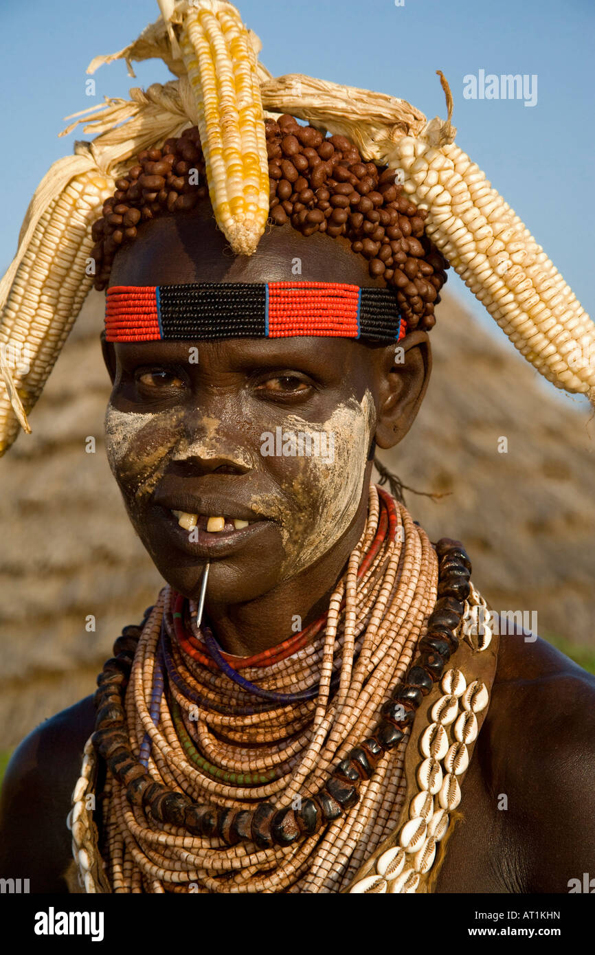 Karo Woman with Ears of Corn for a Hat, Dus, Omo River Valley, Ethiopia - Stock Image