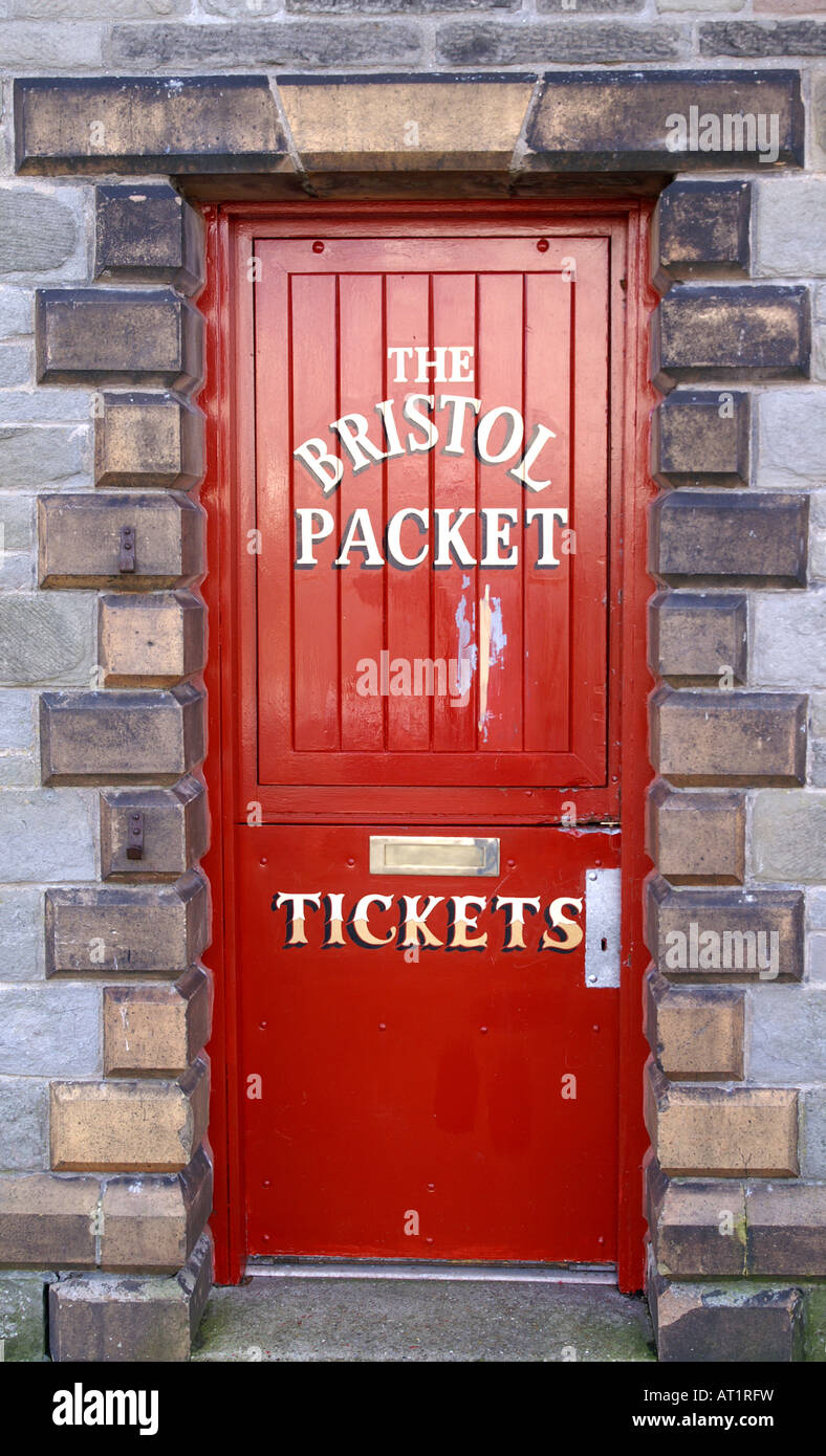 Bon Red Door Bristol Packet Company Bristol Harbour