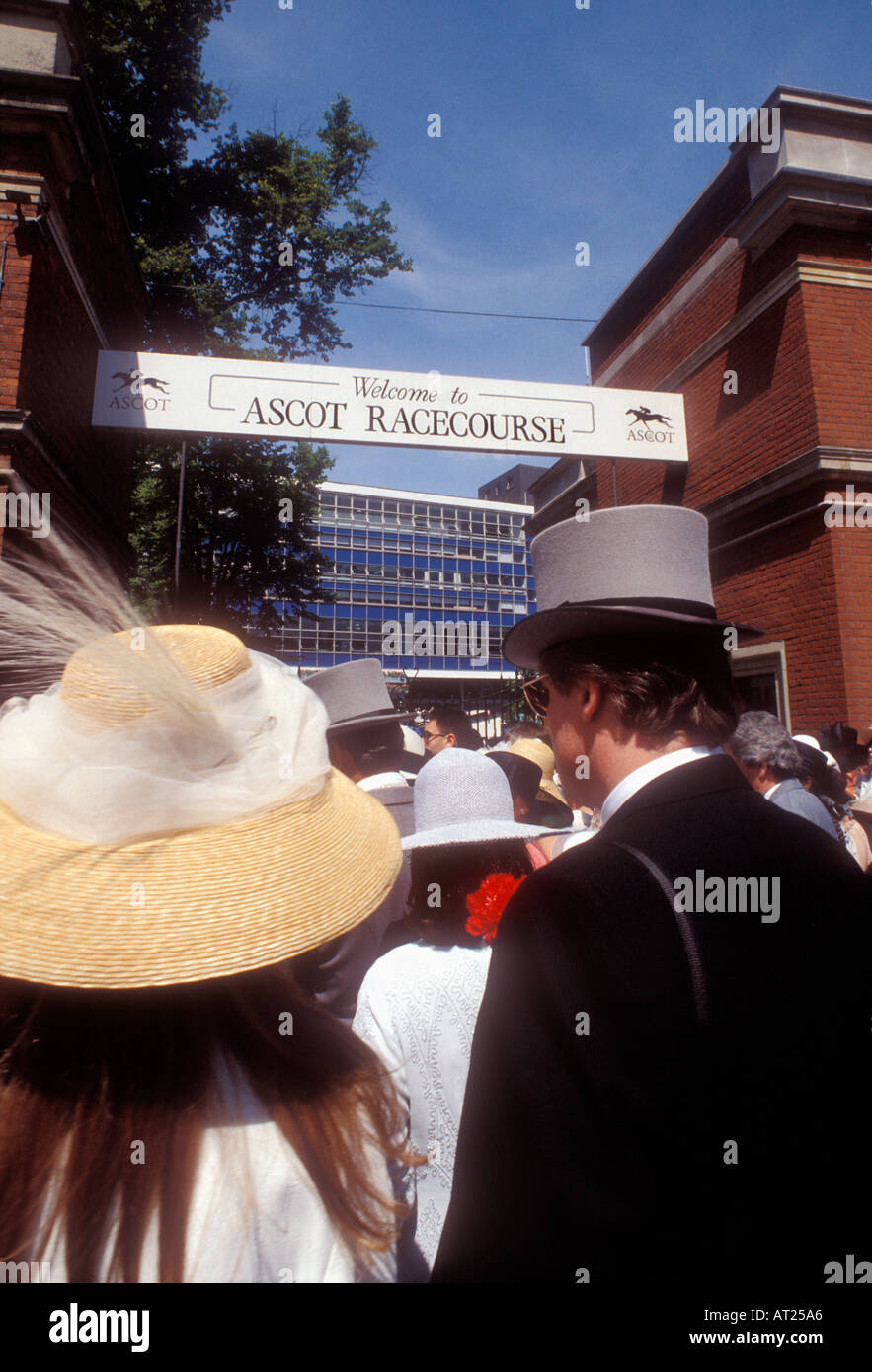 VINTAGE ASCOT RACES Ladies Day 1993 Historic archive fashion and style image of traditional Ladies Day entrance and race-goers at Royal Ascot 1990's - Stock Image