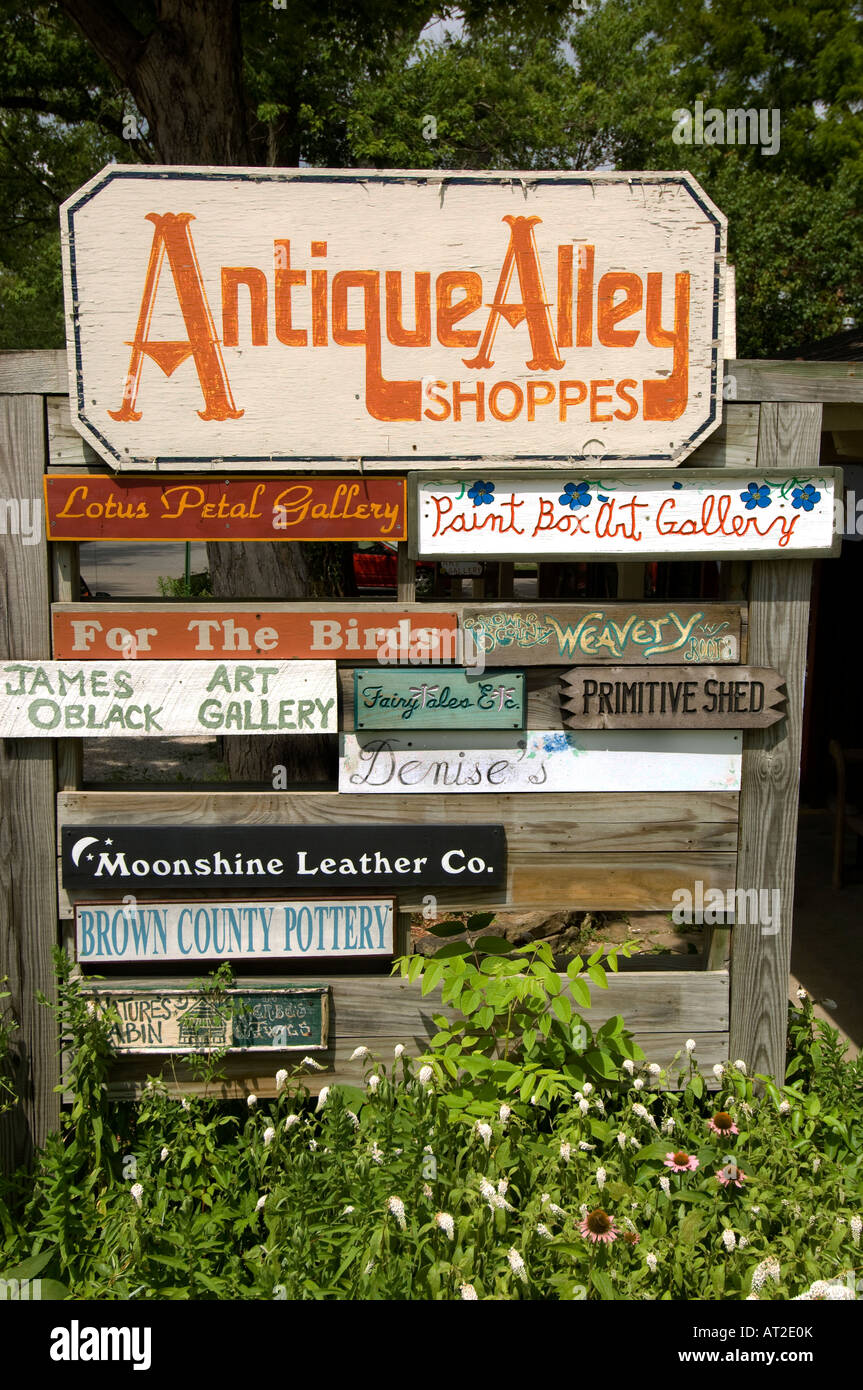 Antique Alley Shoppes famous shopping area in Nashville Indiana - Stock Image