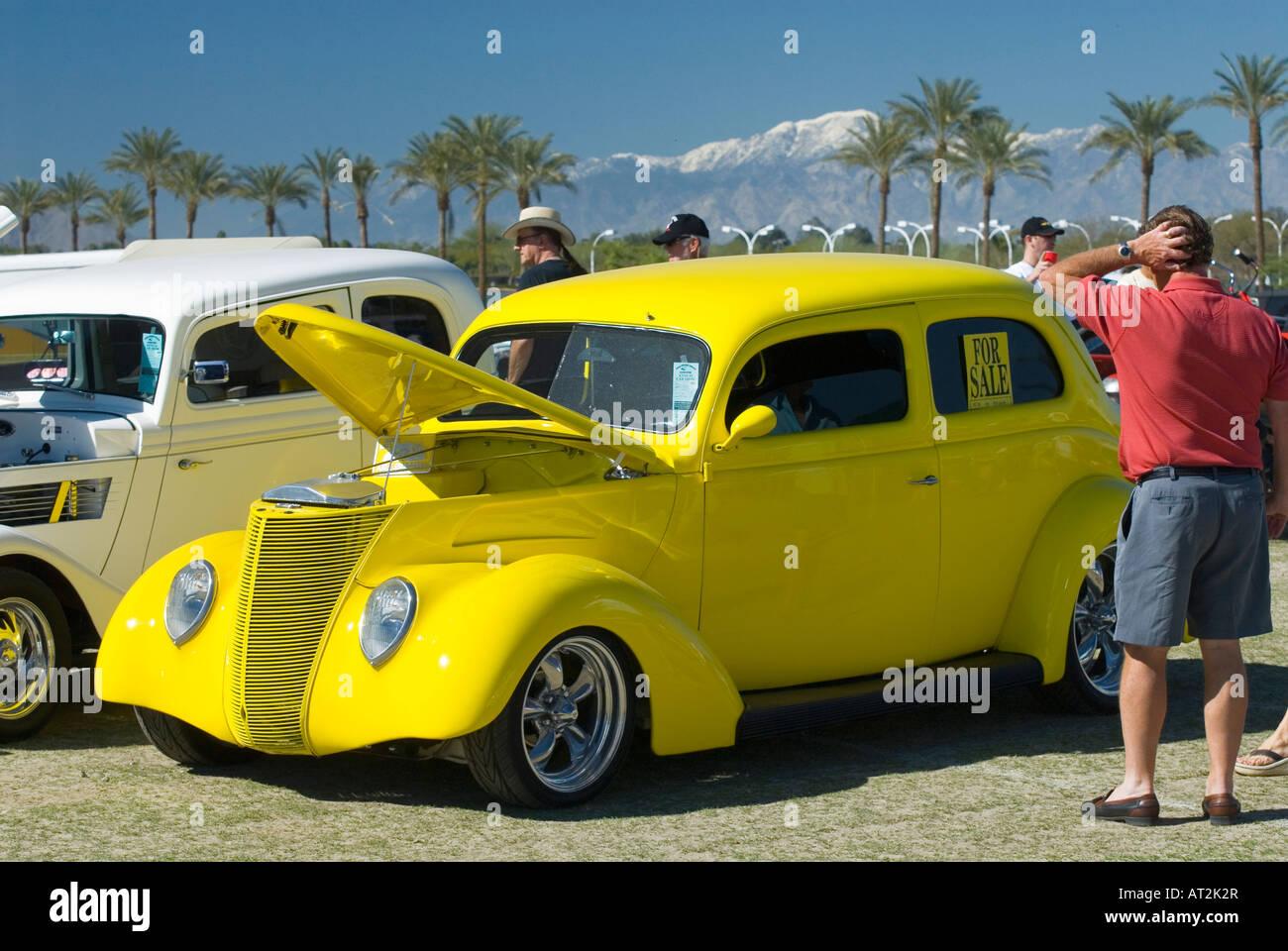 Yellow hot rod Custom American antique Hot Rod muscle car car show ...