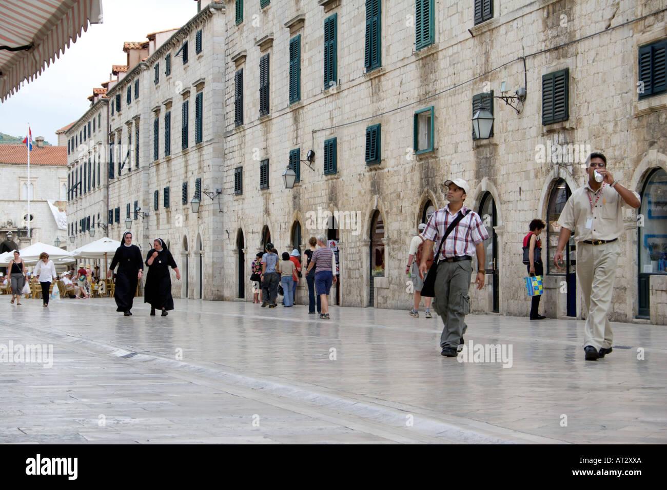 People walking in the Placa Luza, Dubrovnik, Croatia Stock Photo