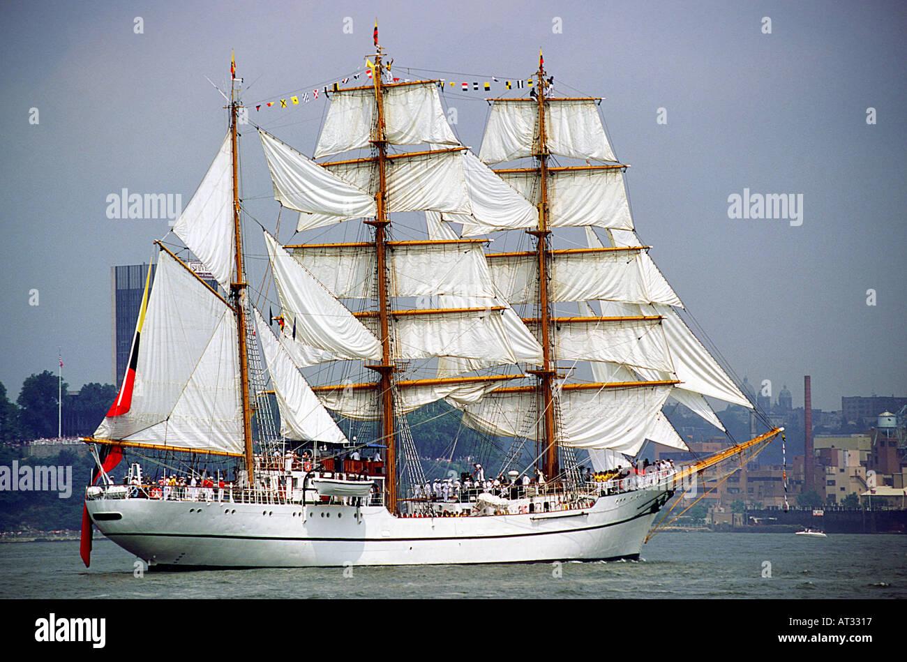 Tall Ship Columbian Bark Gloria New York City Hudson River - Stock Image