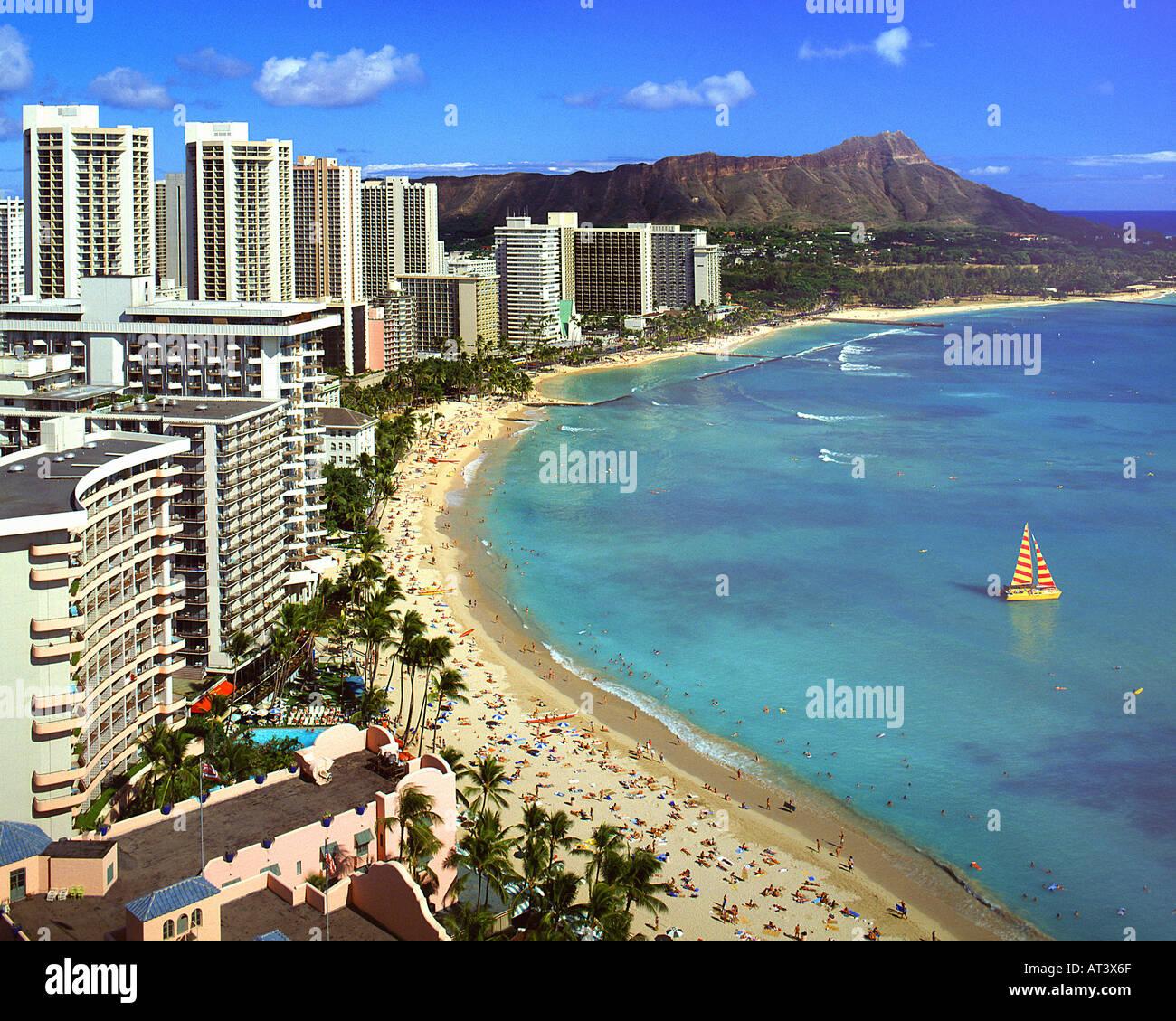 USA - HAWAII:  Waikiki Beach and Diamond Head on Oahu - Stock Image