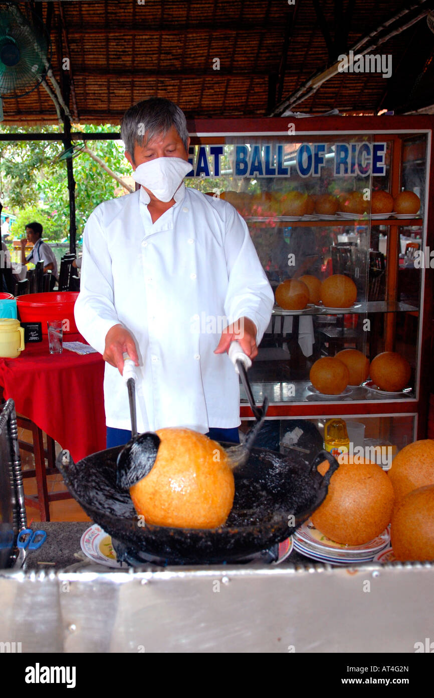 Vasia Far East Ietnam Saigon Masked Chef Cooks Local Oriental Stock Photo Alamy
