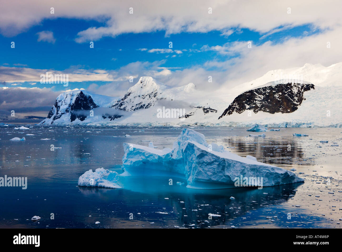 Icebergs and mountains, Antarctic Peninsula - Stock Image