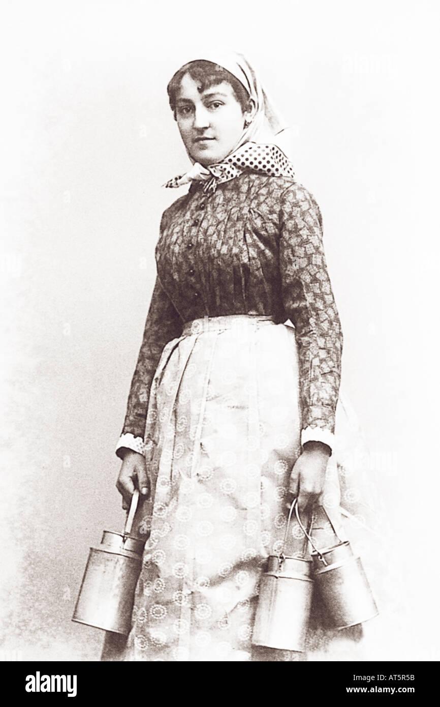 Volksbilder Milchmädchen 1900 - Stock Image