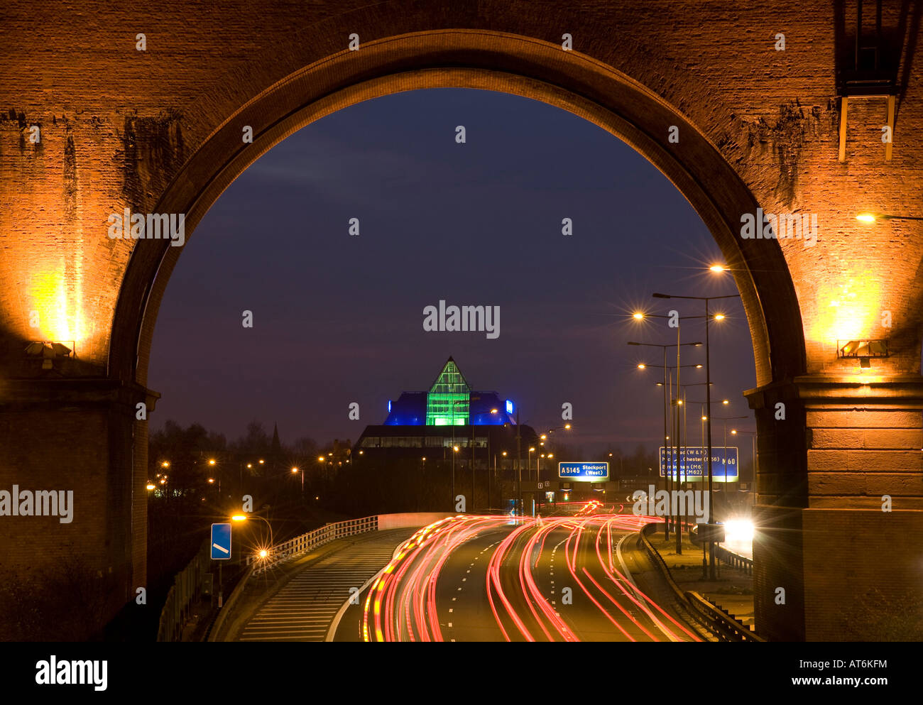 M60 Motorway, Stockport Pyramid and Viaduct at night. Stockport, Greater Manchester, United Kingdom. - Stock Image