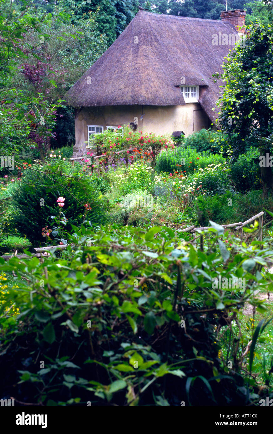 Country cottage Wiltshire England - Stock Image