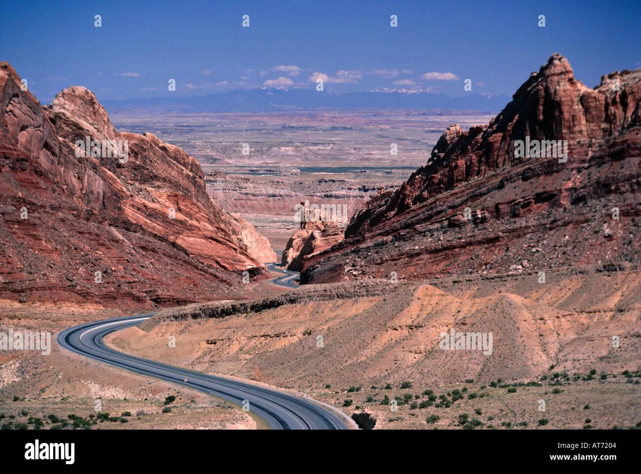 Road through San Rafael Reef Emery Co Utah USA - Stock Image