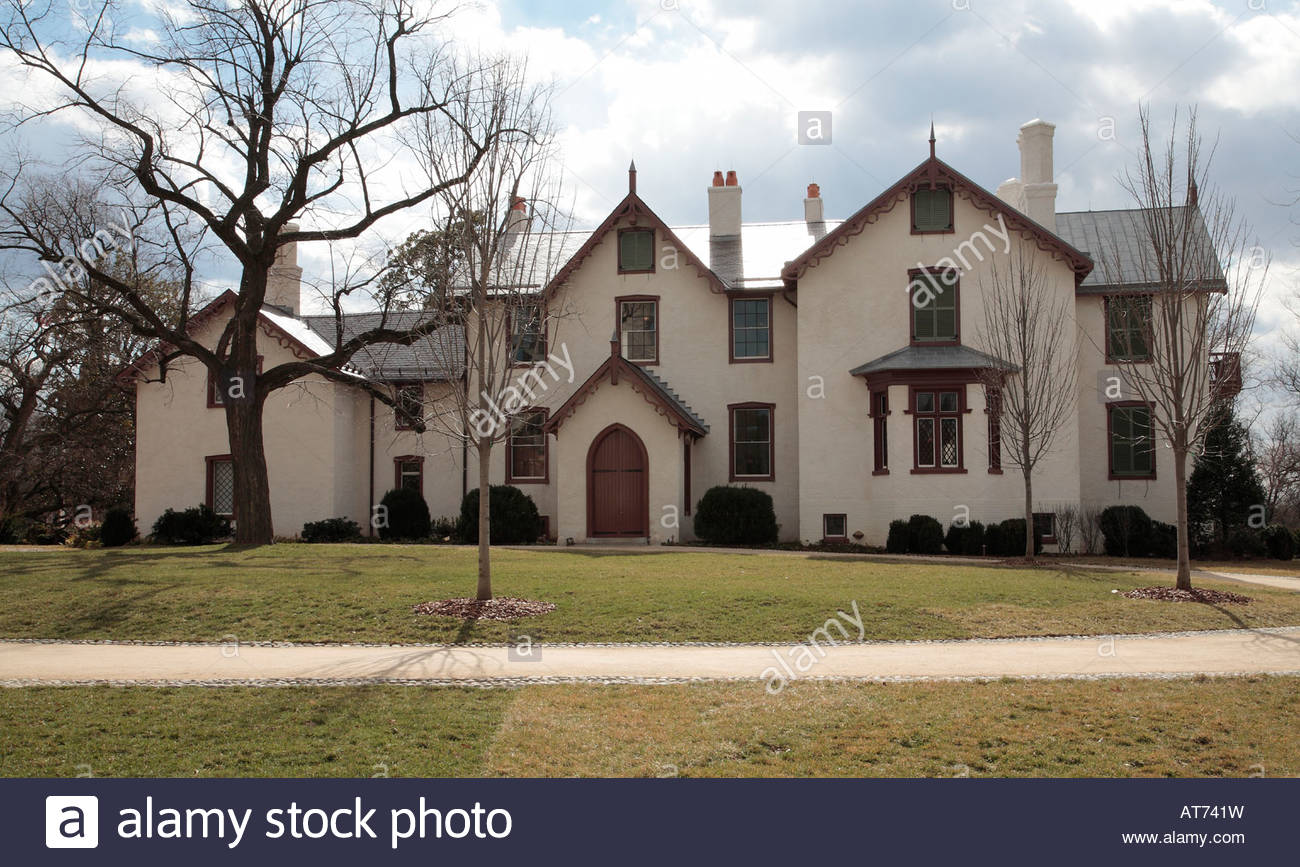 Astounding Front Of The Lincoln Cottage In Washington Dc Stock Photo Download Free Architecture Designs Barepgrimeyleaguecom