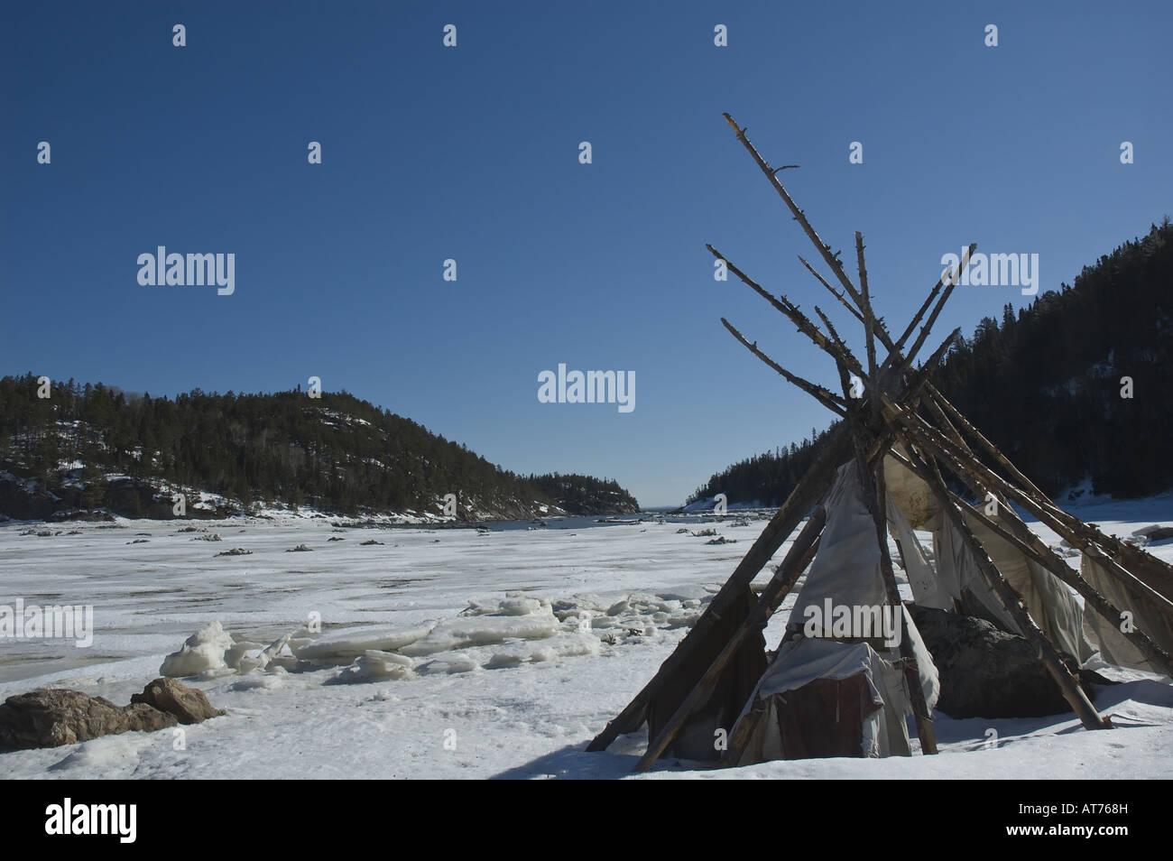 Native Amerindian tepee - Stock Image